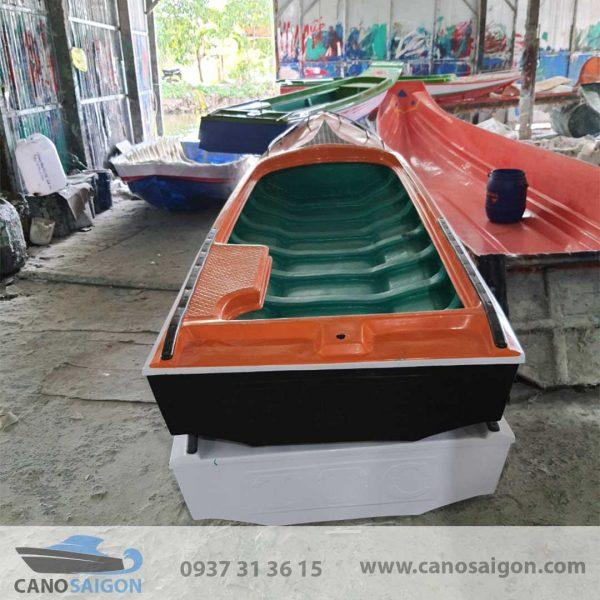 Vỏ Cano Composite 5M VCC5M001
