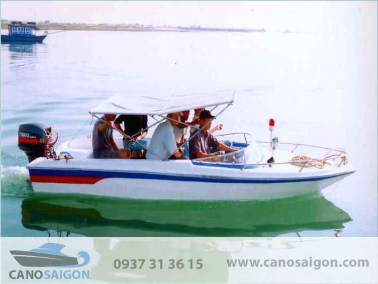 Cano câu cá du lịch Sài Gòn